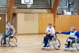 Kørestolsbasket træning